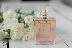 Какой парфюм подойдет для вашей любимой женщины?